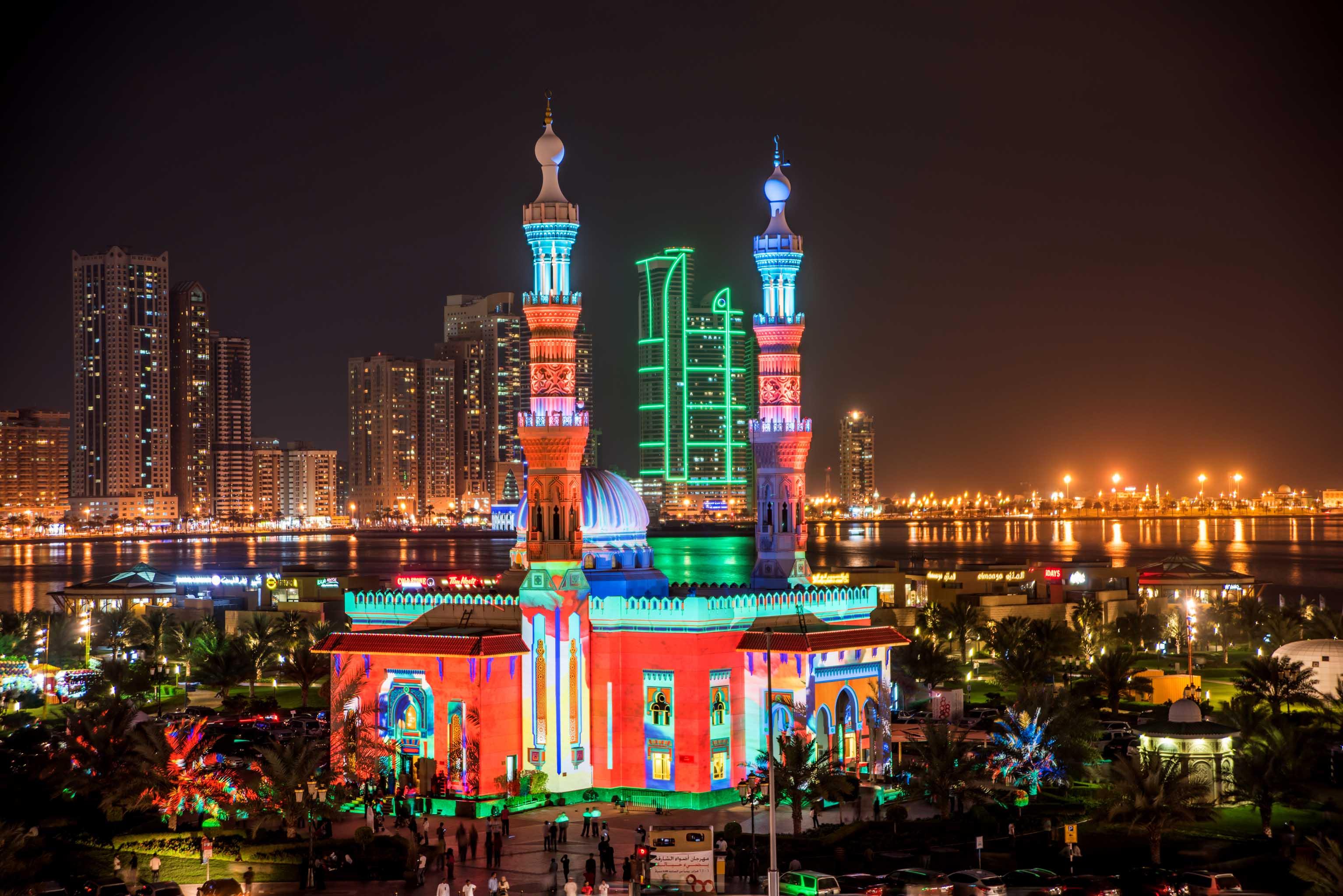 Al Majaz Amphitheatre adds new dazzle to Sharjah Light ...