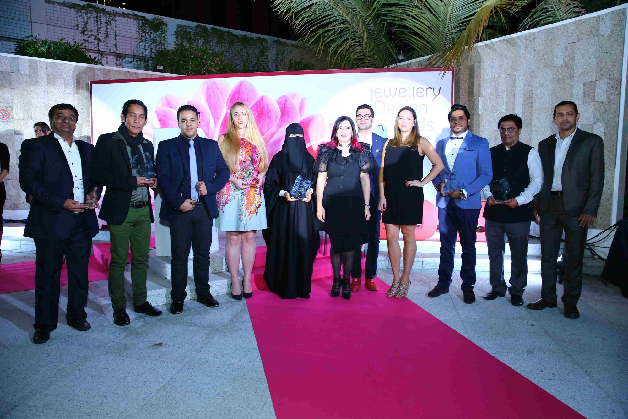 Best emerging talent in jewellery design celebrated at dubai international jewellery week awards ceremony