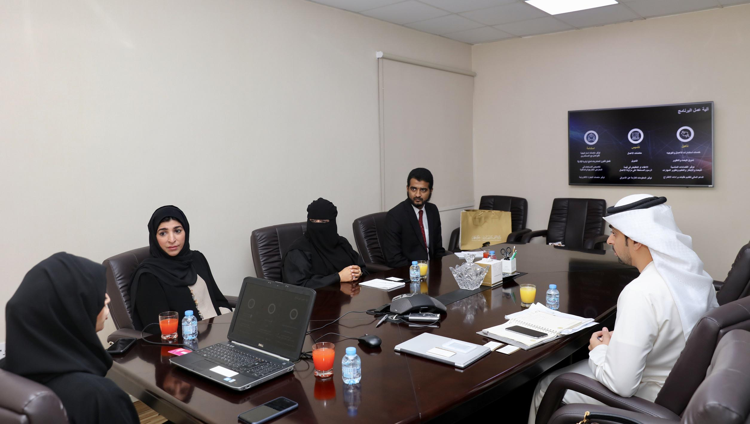 Department of Economic Development-Ajman Welcomes Visit of Delegation from Ministry of Economy