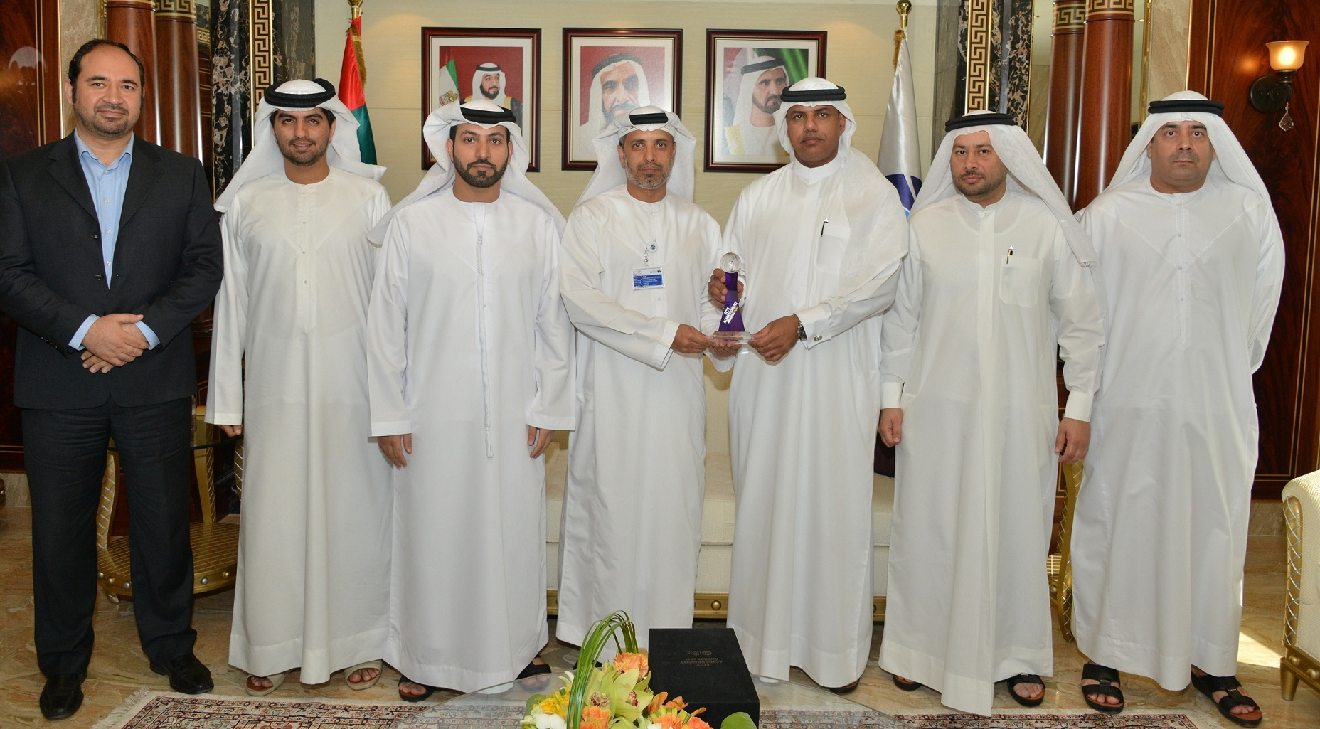 Dubai Customs' Advanced Container Scanning System receives the Government Deployment of the Year Award 2014