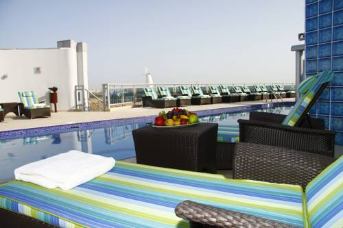 Dubai holidays cheap hotels in dubai dayofdubai for Cheap luxury hotels in dubai