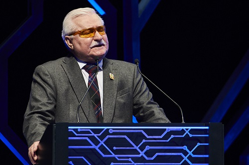 Former Polish President Calls on Europe to Follow Example of Sharjah in Government Communication at IGCF