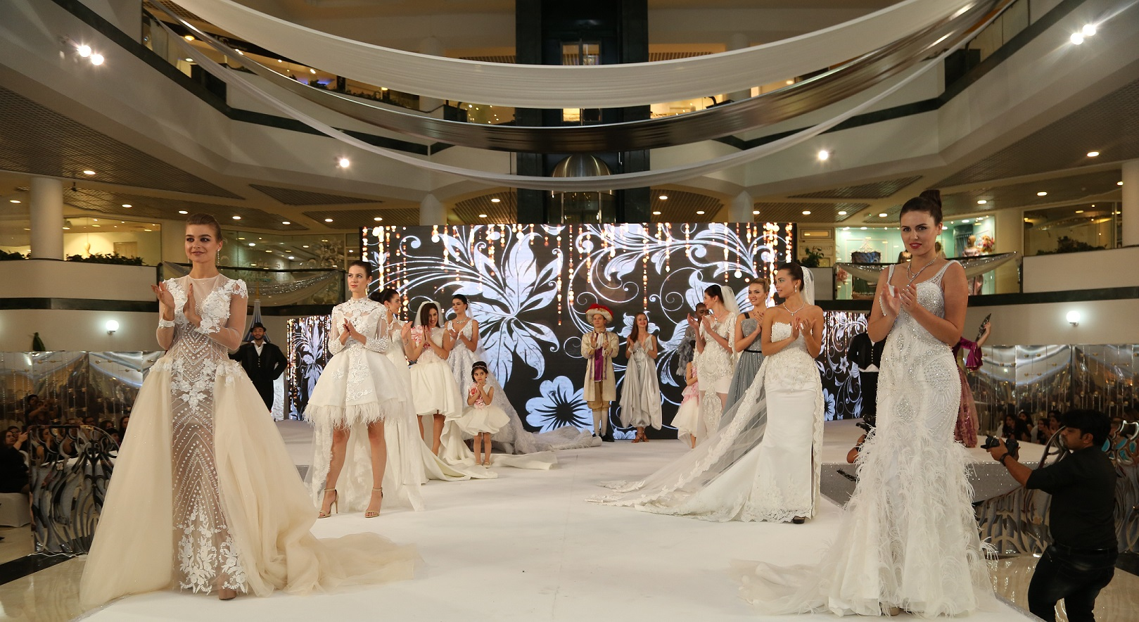 Madame Mozhgan Thrills Audiences with Latest Haute Couture Collections
