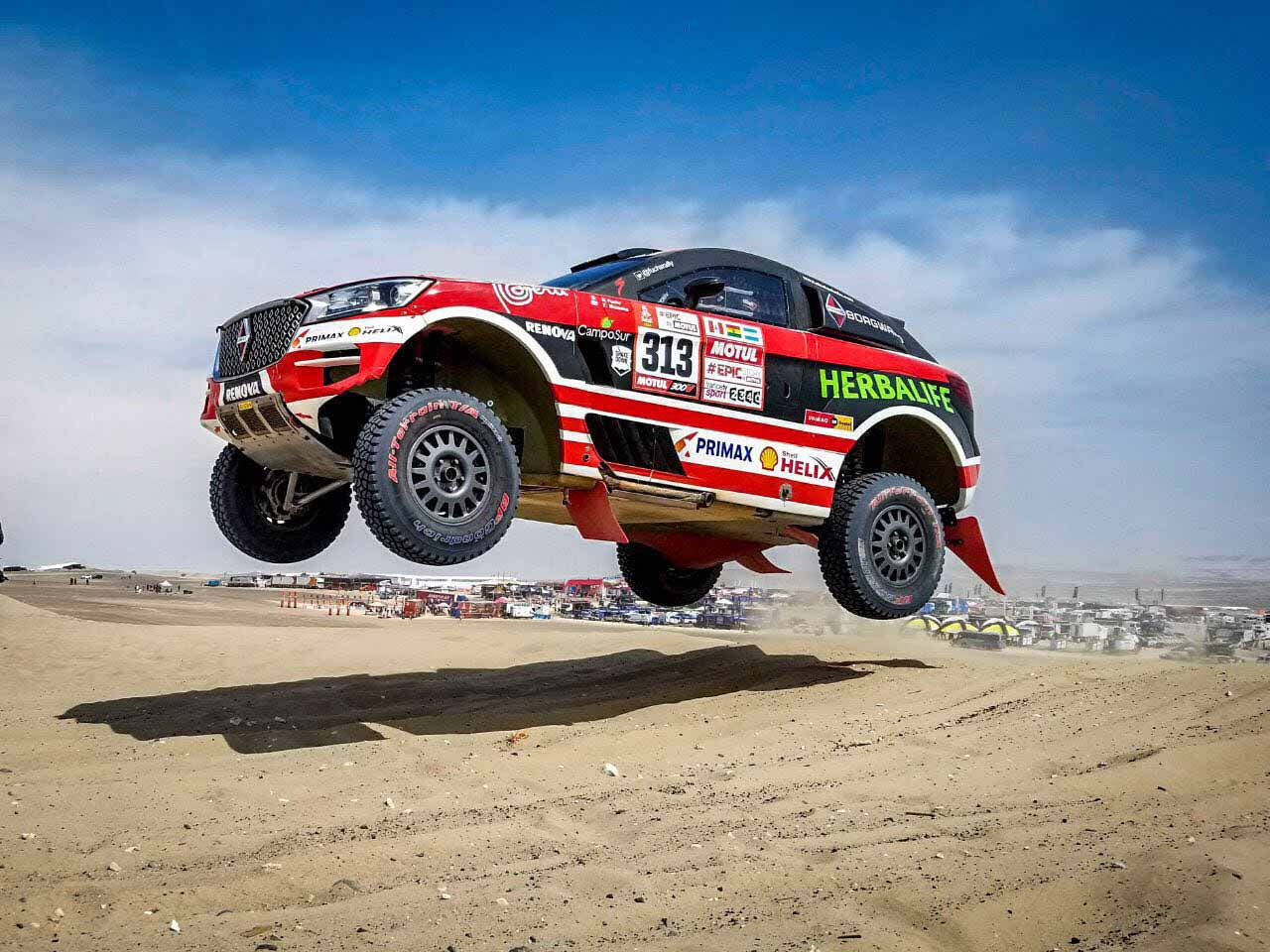 Nicolas fuchs steers borgward bx7 dkr to 3rd place at 2018 for Salon 7 places dakar