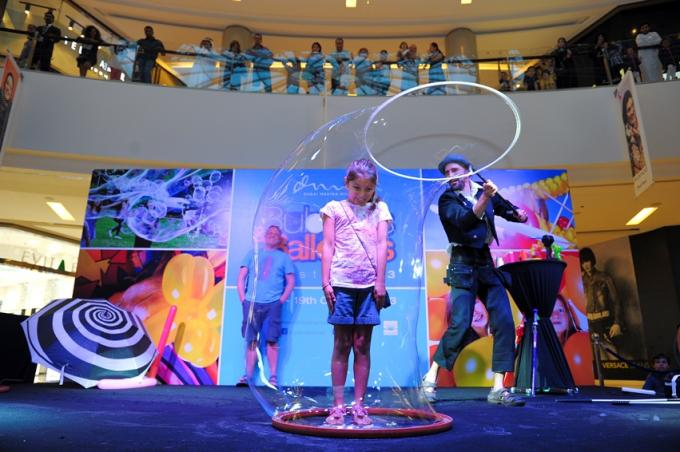 'Bubble & Balloon Fiesta' to take over Dubai Marina Mall this weekend