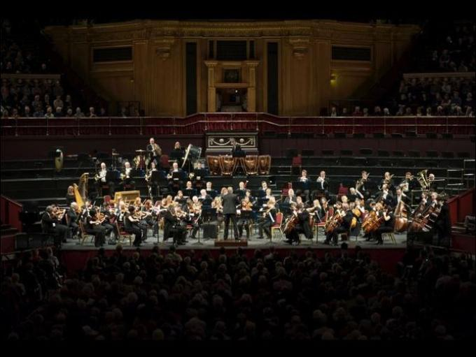 Dubai Classics 2015- Dubai Classics returns this year with two nights of classical orchestral performances.