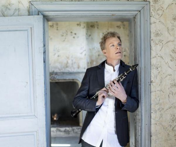 Emirates NBD Classics IV presents Martin Frost Duo- The gifted clarinet player comes to Dubai as part of the fourth ENBD Classics episode.