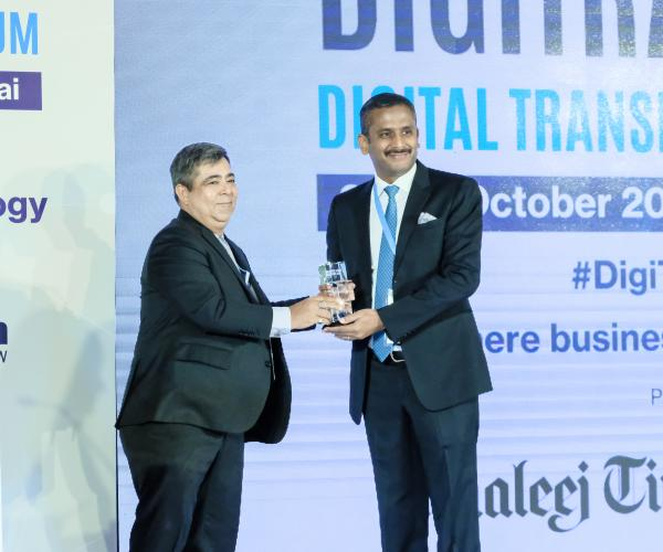 GEMS Education's Chief Disruption Officer 'Digital Disruptive Leader' Award at DIGITRANS 2018